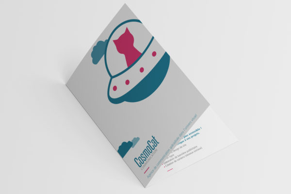 brochure-a5-couv-cosmocat-agence-communication-graphiste-nancy-jpg